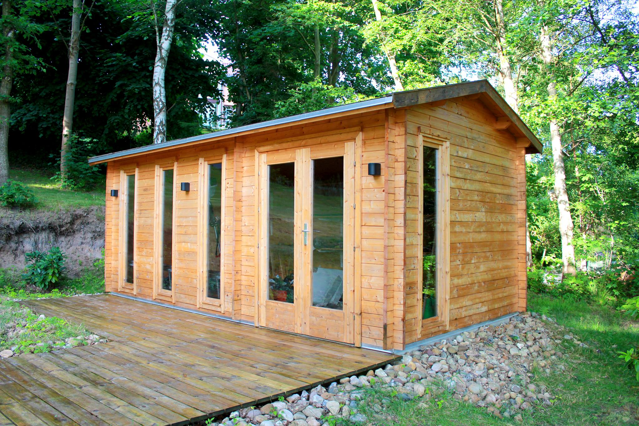 Nicole køb bjælkehytte indsendt af kunde se alle vores havehuse på www.sølundhuse.dk