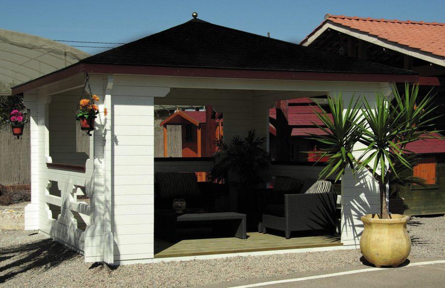 Denne pavillon er en åben gazebo 4 kantet pavillon fra solundhuse.dk