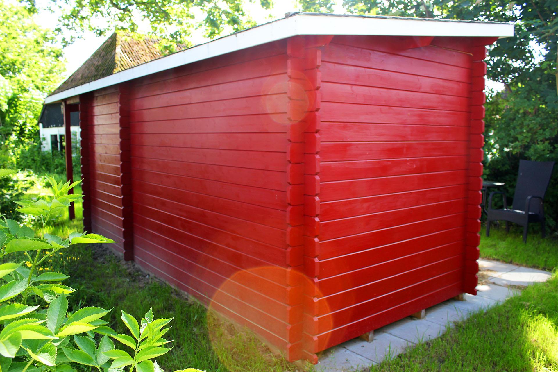 Skur fra solundhuse.dk mary 6 med halvtag på 10m2 billedet er indsendt af en kunde fra tunø
