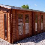 Dette havehus nicole er et 15m2 gør det selv havehus og kan ses i vores havehus udstilling hos www.sølundhuse.dk