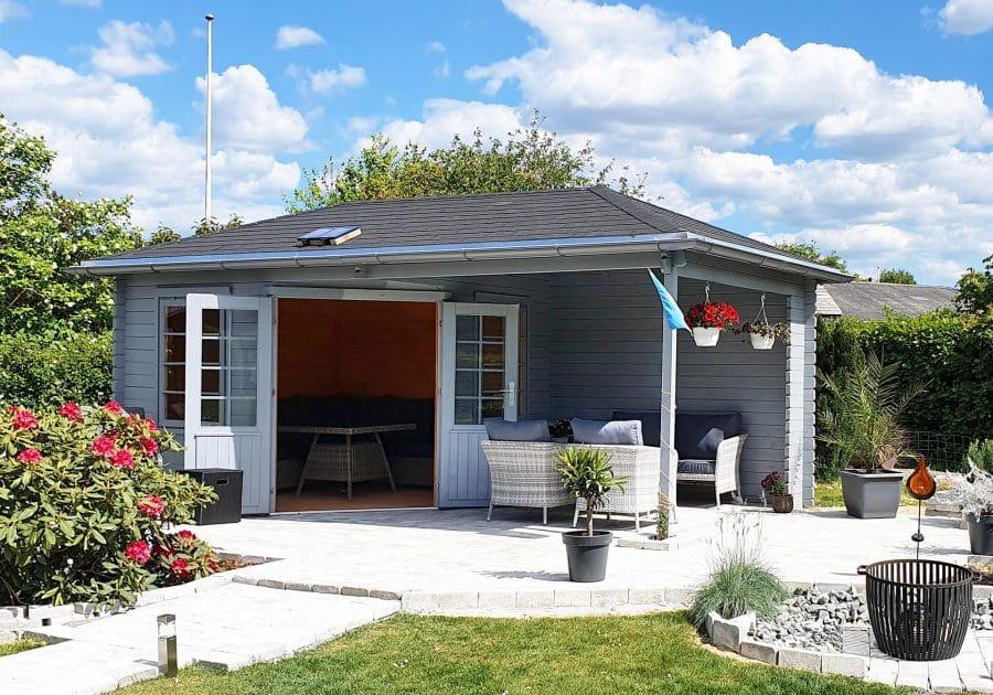 havehus med halvtag fra www.sølundhuse.dk lige til at samle selv