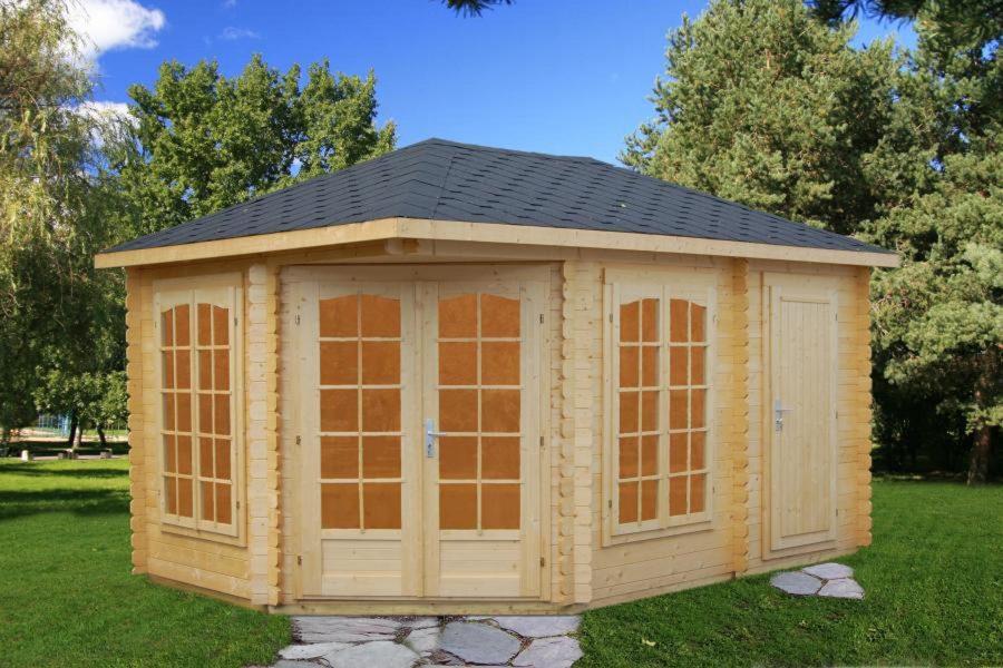 pavillon med redskabsrum