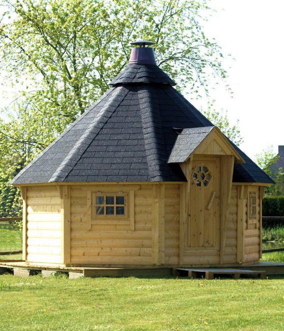 stort grillhus fra solundhuse.dk leveres komplet og til billig pris