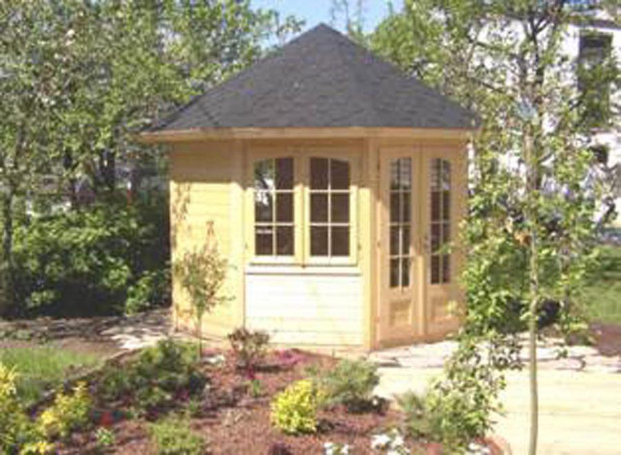 havepavillon i træ til haven fra solundhuse.dk
