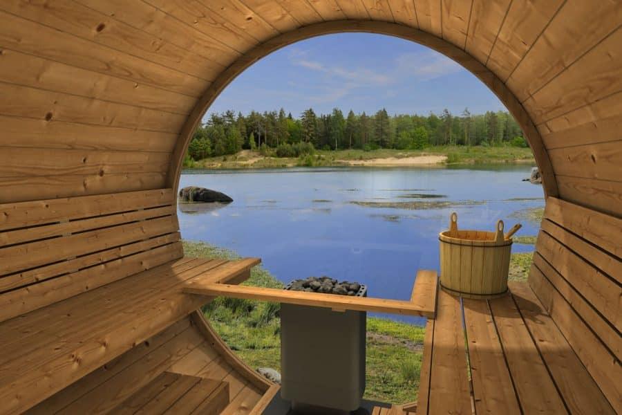 Sauna fra Sølund huse med fuld glas bagvæg