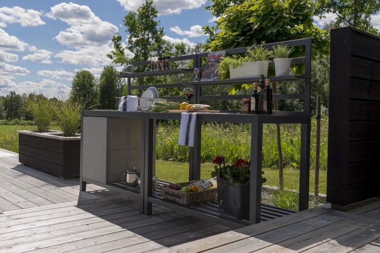 Udekøkken + arbejdsbord fra Sølund Huse