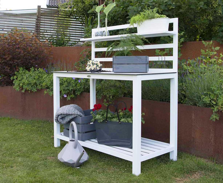Udendørs arbejdsbord i aluminium og høj kvalitet, med hylder - Se pris