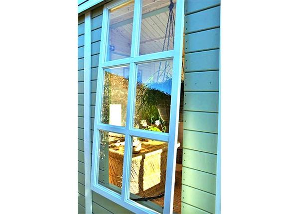 rosita havehus fra www.sølundhuse.dk her ses vinduet af Rosita huset