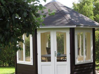 Stort udvalg af billige pavilloner som denne Carmen pavillon du finder hos www.sølundhuse.dk