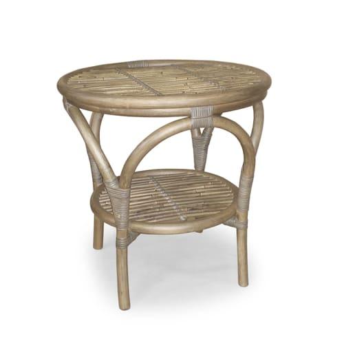 kurvebord i naturrattan en del af et større sæt som findes hos www.sølundhuse.dk