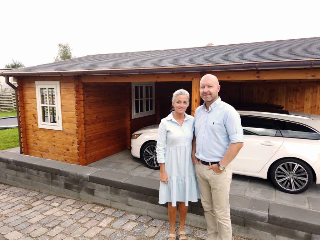 Dobbelt carport træ fra www.sølundhuse.dk billederne indsendt af Marion og Kasper