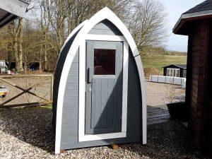lille toilet hus fra www.sølundhuse.dk