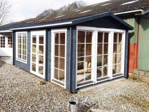 Havehus med orageri kan ses i udstillingen hos Sølund Huse