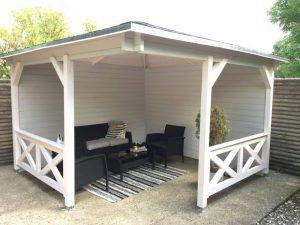 Halvåben pavillon kan du finde i udstillingen hos Sølund Huse